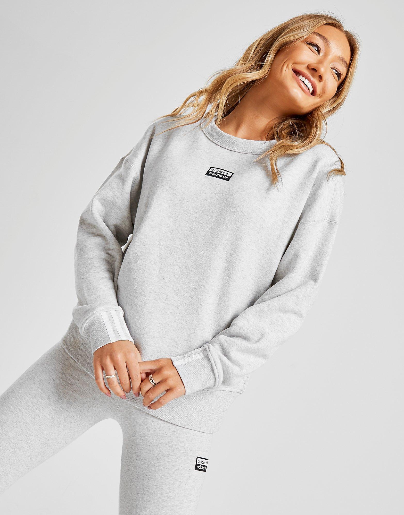 Acheter Gris adidas Originals Sweat shirt R.Y.V. Crew Femme
