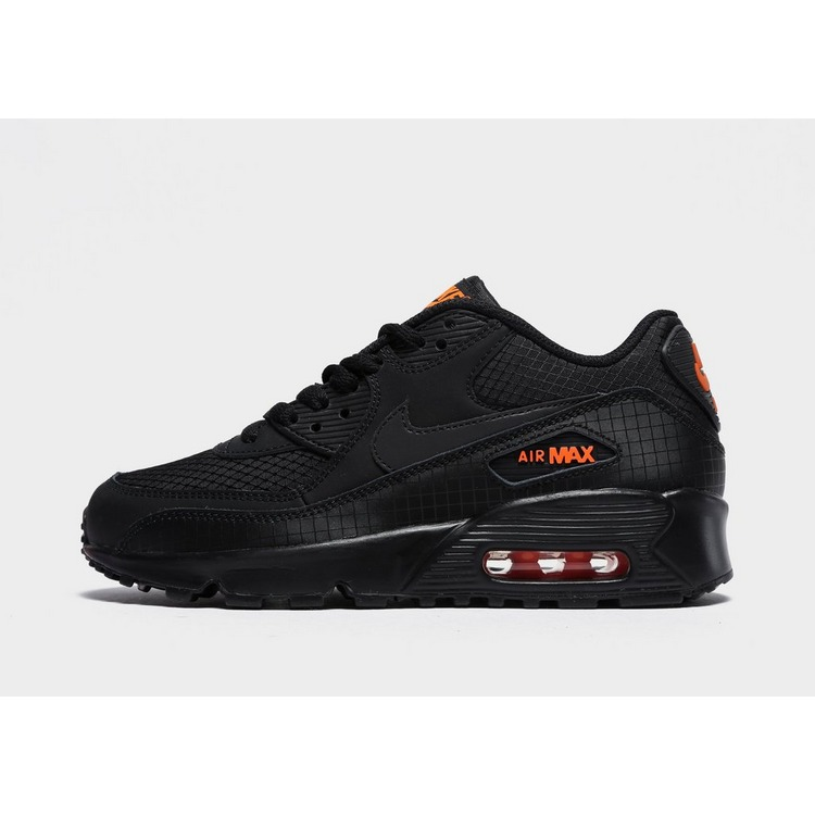 Shoppa Nike Air Max 90 Junior i en Svart färg | JD Sports
