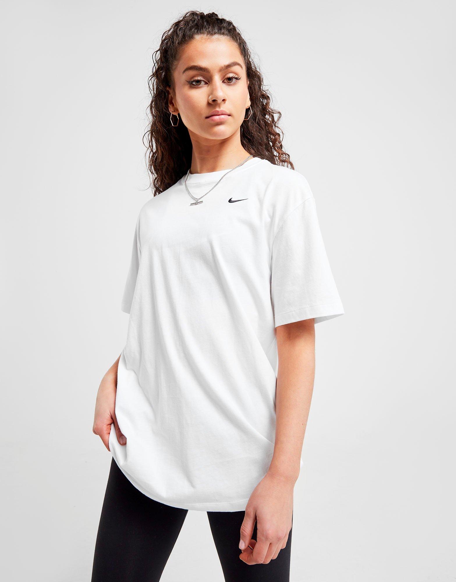 Nike Essentials Boyfriend T Shirt Dame | JD Sports