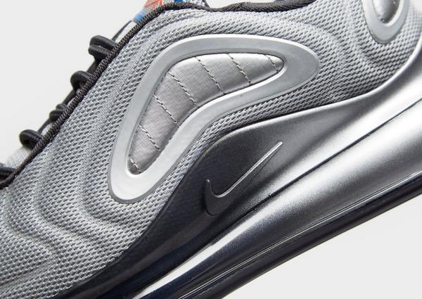 Acquista Nike Air Max 720 Junior in Grigio | JD Sports
