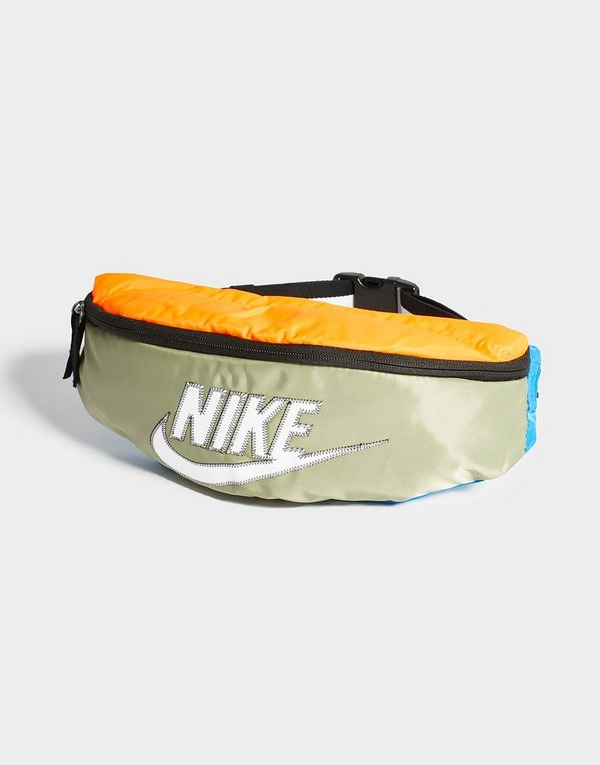 release date: arriving attractive price Nike Sac Banane Heritage   JD Sports