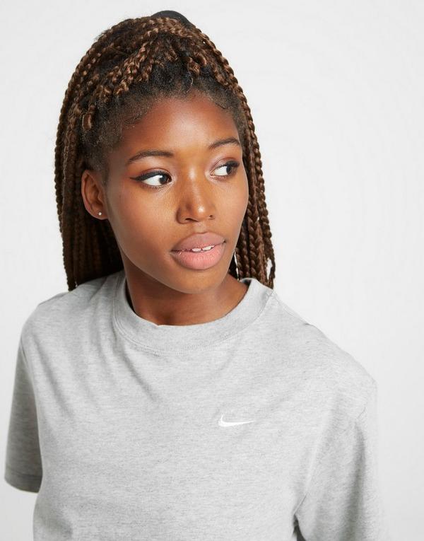 Shop den Nike Essential Boyfriend T-Shirt Damen in Grau | JD ...