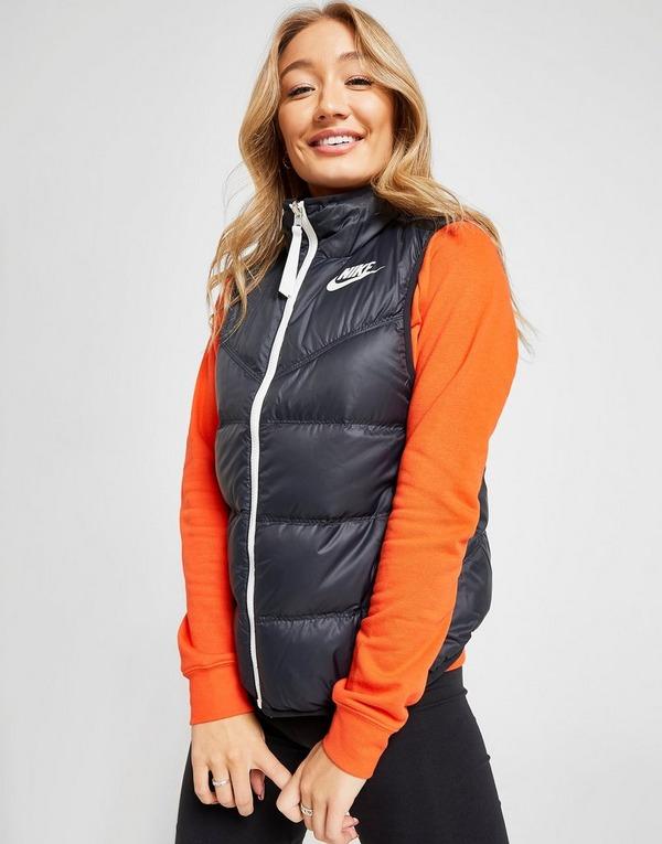 Bra modestilar rabatt Shoppa Nike Vadderad väst i en Svart färg | JD Sports Sverige