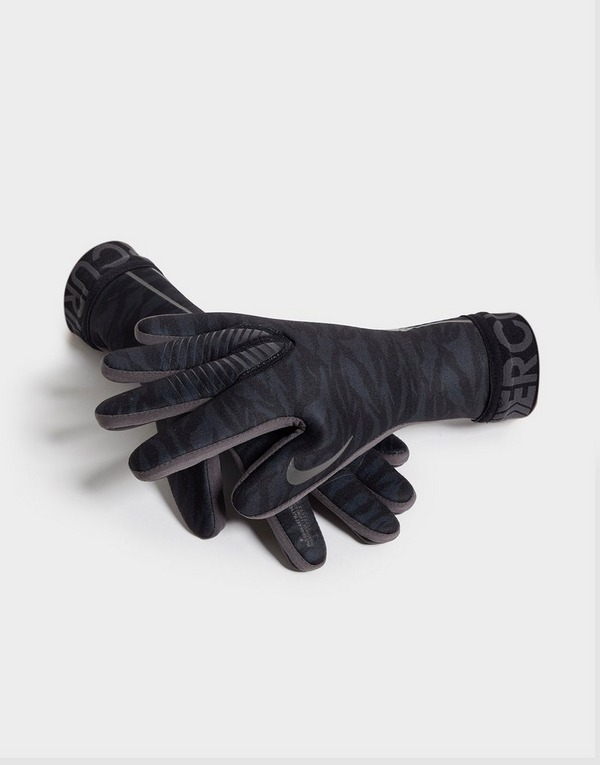 Nike Mercurial Touch Victory Goalkeeper Gloves