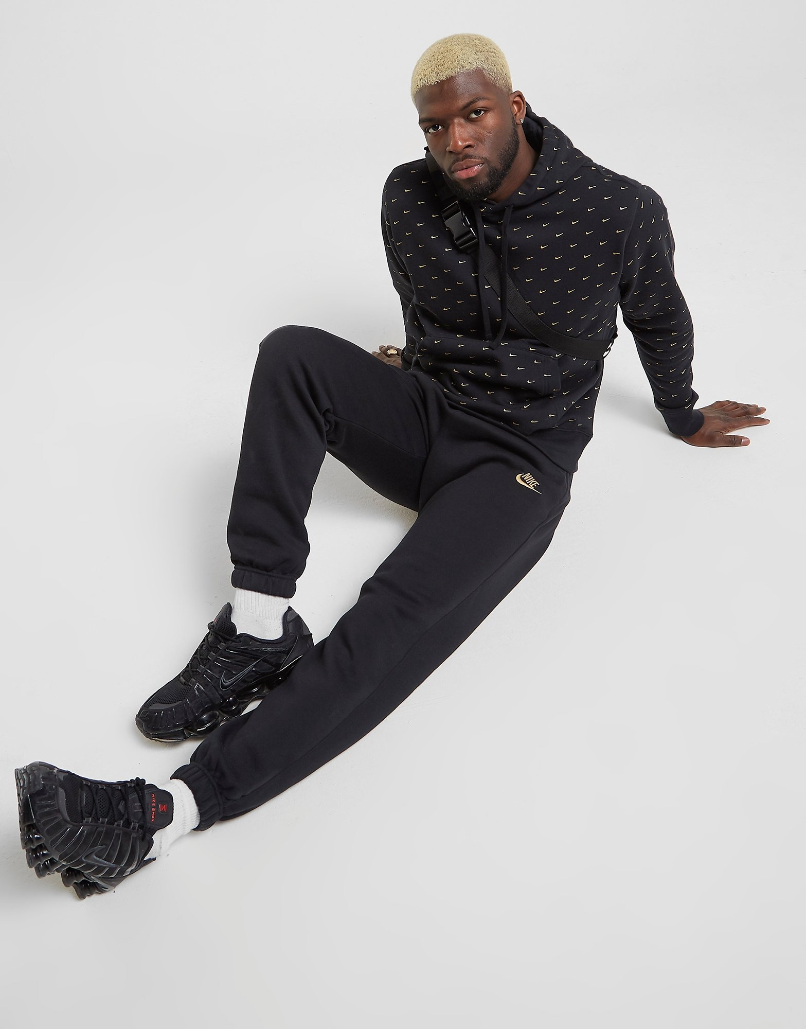 Nike Club Cuffed Fleece Pants | JD Sports