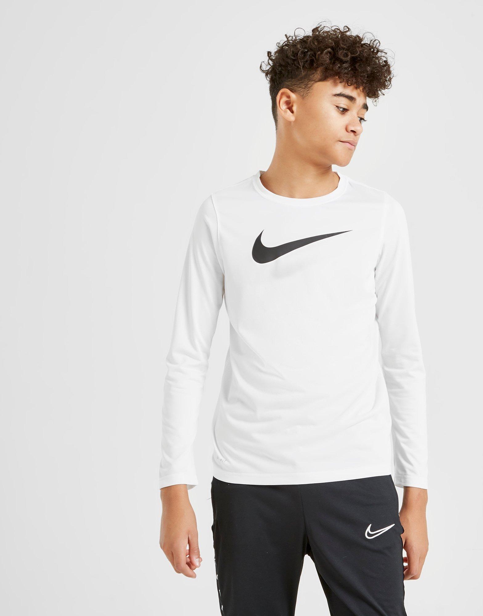 Nike camiseta de manga larga Dri FIT Swoosh júnior | JD Sports