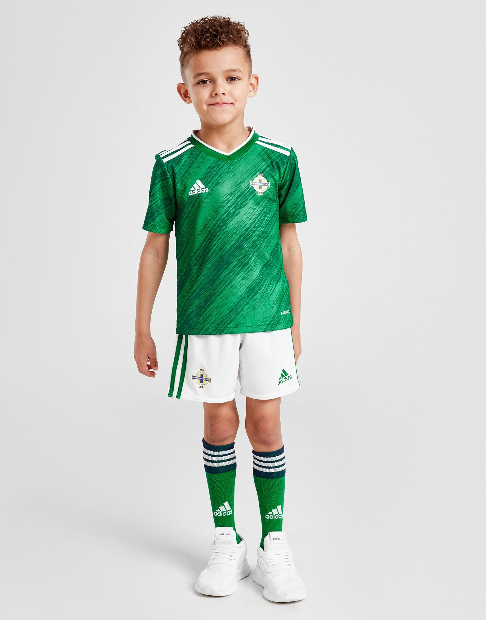 NORTHERN IRELAND Football Personalised Boy//Girl T-Shirt
