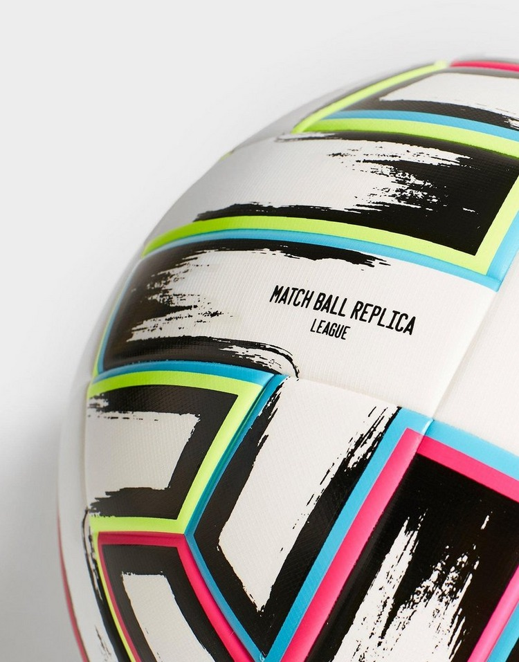 adidas Ballon de Football Euro 2020 Boxed Match