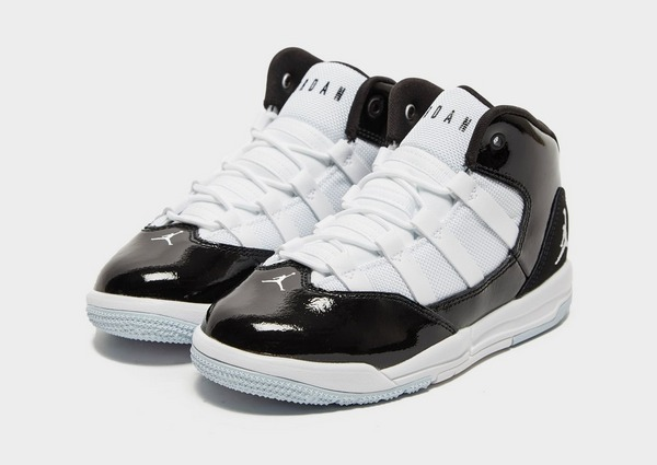 chaussures nike jordan enfant
