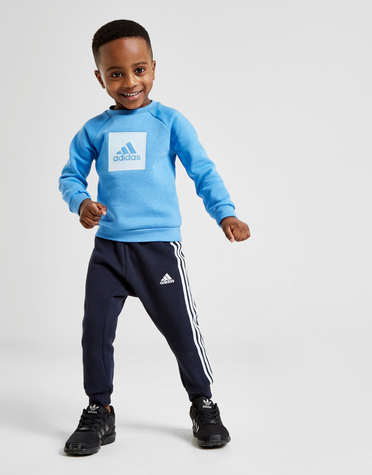 Ages 0-3 years. Jogging suit adidas infant boys blue//navy tracksuit