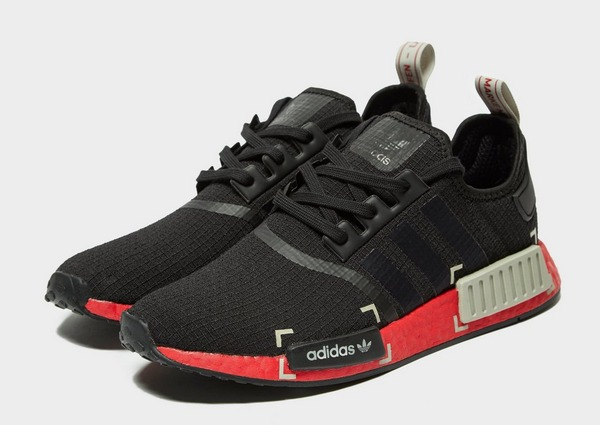 Acquista adidas Originals NMD_R1 in Nero | JD Sports