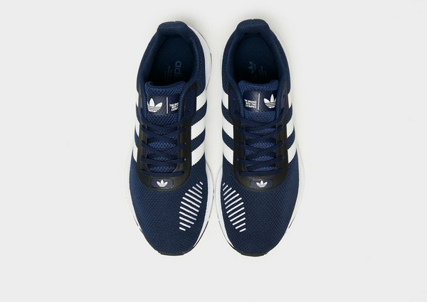 Compra adidas Originals Swift Run 2.0 en Azul | JD Sports