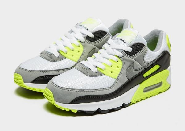 Shoppa Nike Air Max 90 Dam i en Vit färg | JD Sports Sverige