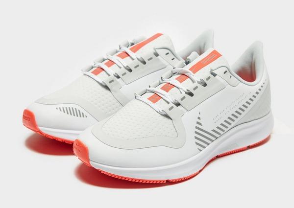 Acquista Nike Air Zoom Pegasus 36 Shield Donna in Bianco