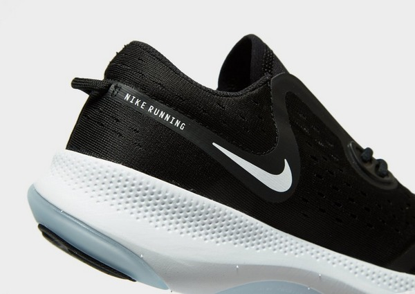 Shoppa Nike Joyride Dual Run Dam i en Svart färg | JD Sports