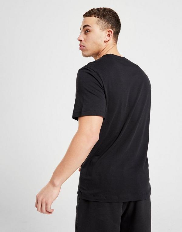 Shoppa Nike Air Max Logo T Shirt Herr i en Svart färg   JD