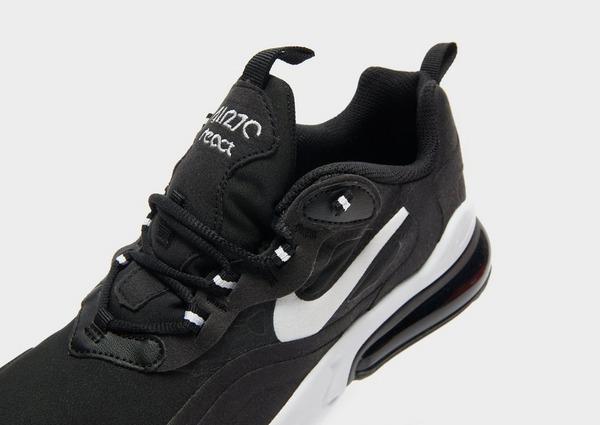 Shoppa Nike Air Max 270 React Junior i en Svart färg | JD