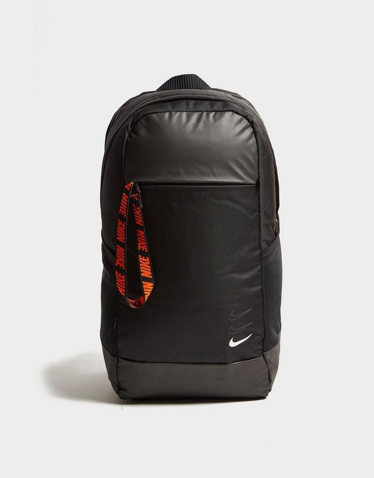 Nike กระเป๋าเป้สะพายหลัง Essential