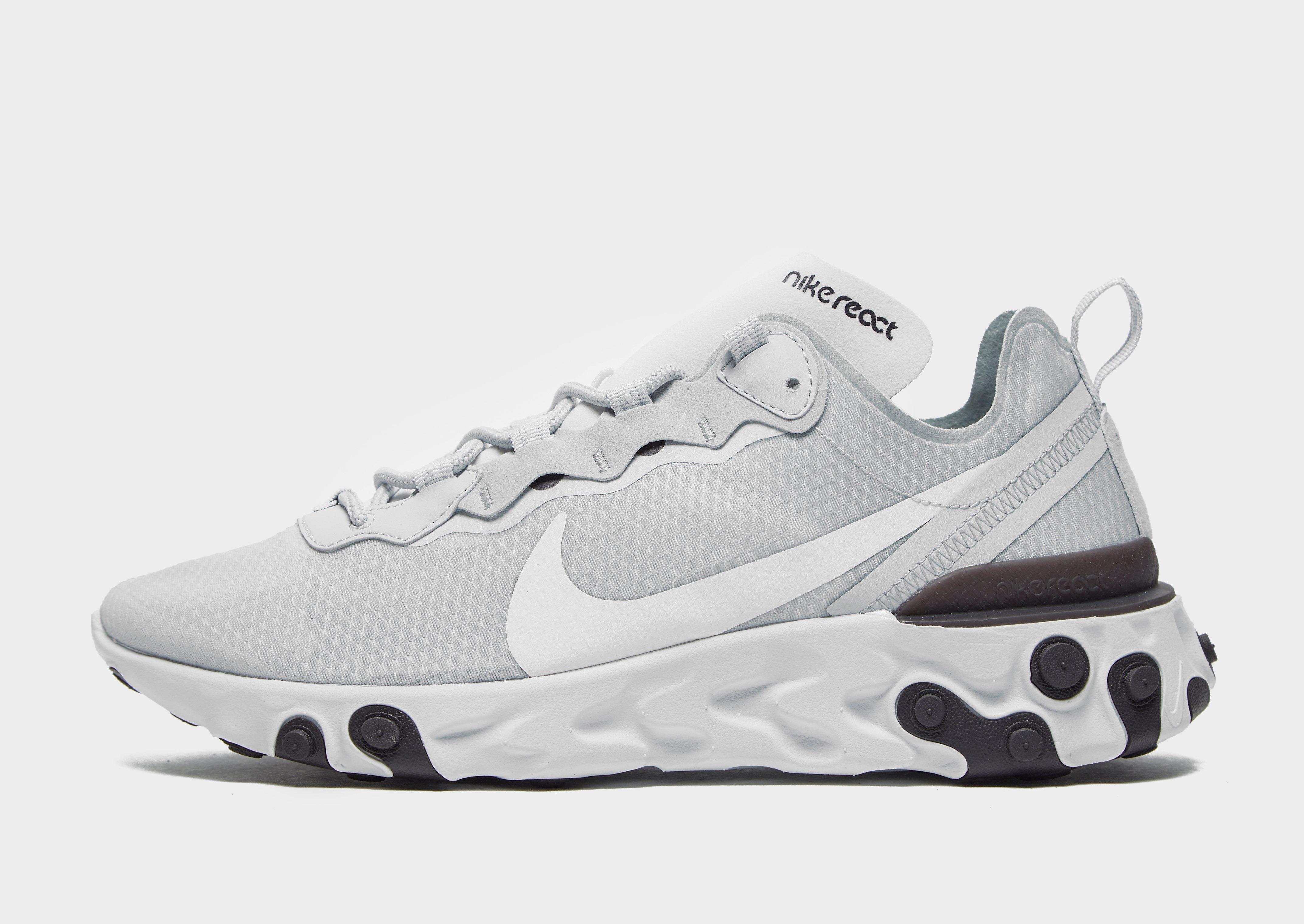 Shoppa Nike React Element 55 Dam i en Vit färg | JD Sports