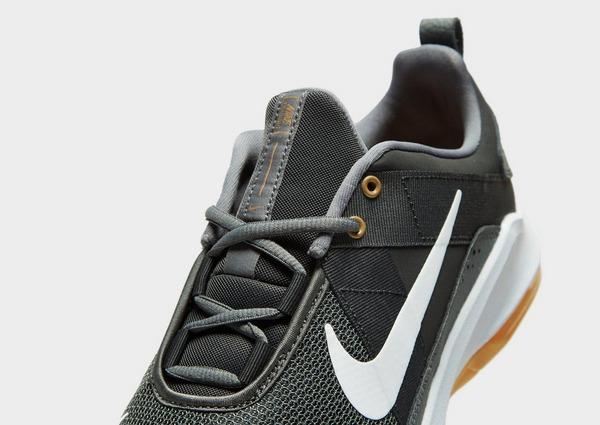 Shoppa Nike Air Max Alpha Trainer 2 Herr i en Grå färg   JD