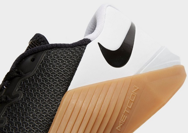 Won emocionante fuga  Black Nike Metcon 5 | JD Sports