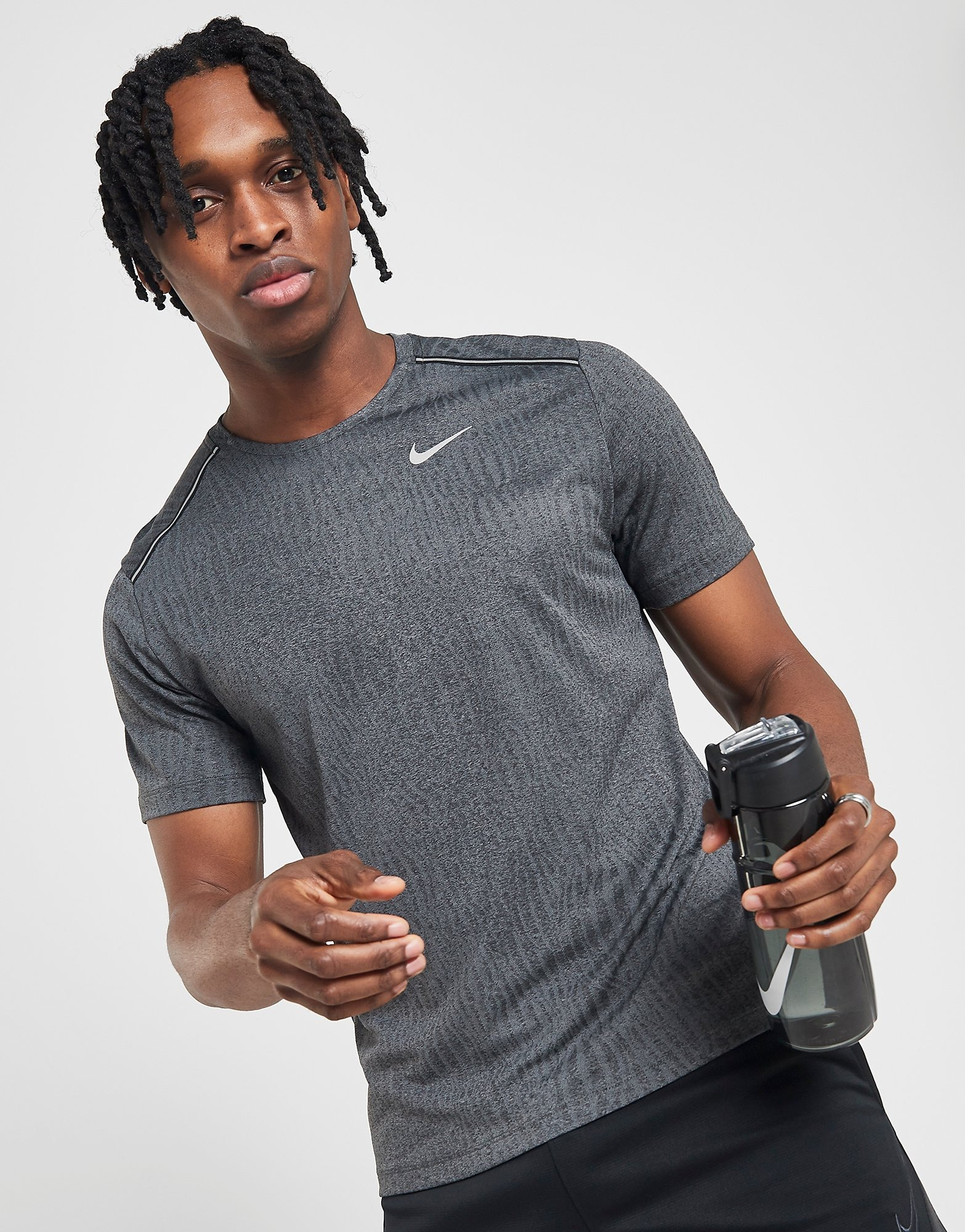 Nike Miler Short Sleeve T Shirt Herre | JD Sports