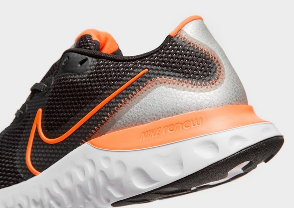 Buy Black Nike Renew Run | JD Sports