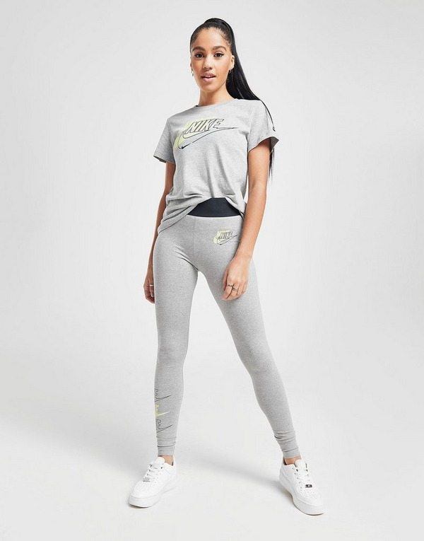 Nike T shirt Double Futura Manches courtes femme