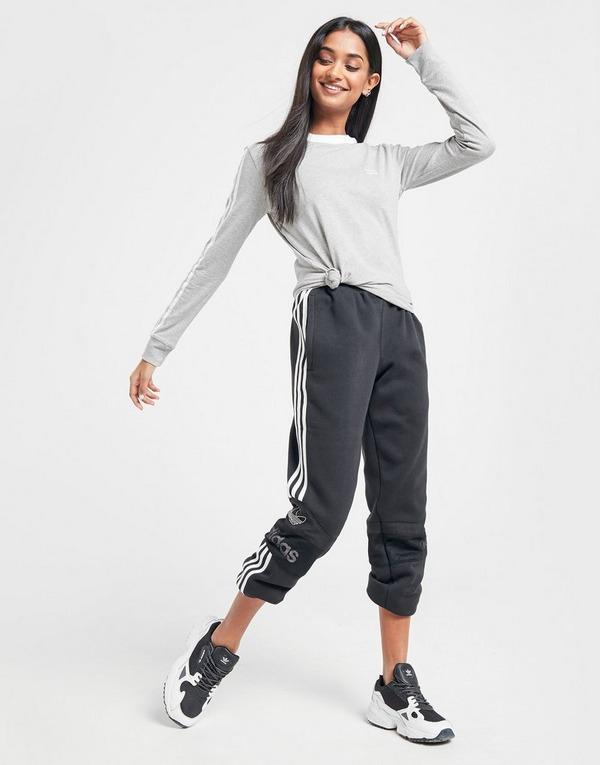Shoppa adidas Originals 3 Stripes Långärmad California T