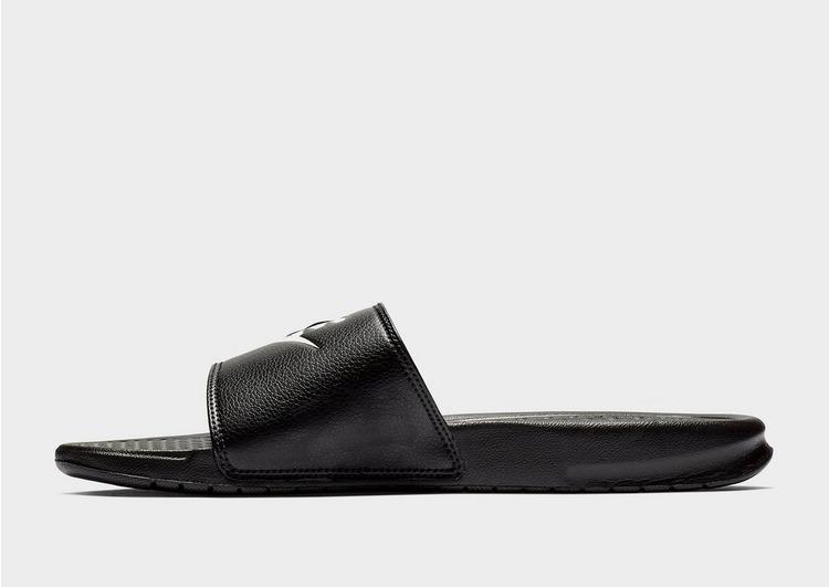 Nike รองเท้าแตะ Benassi