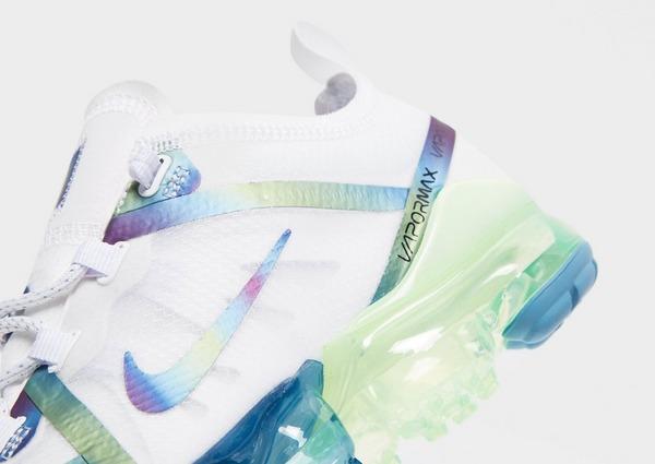 Shoppa Nike Air VaporMax 2019 Junior i en Vit färg | JD