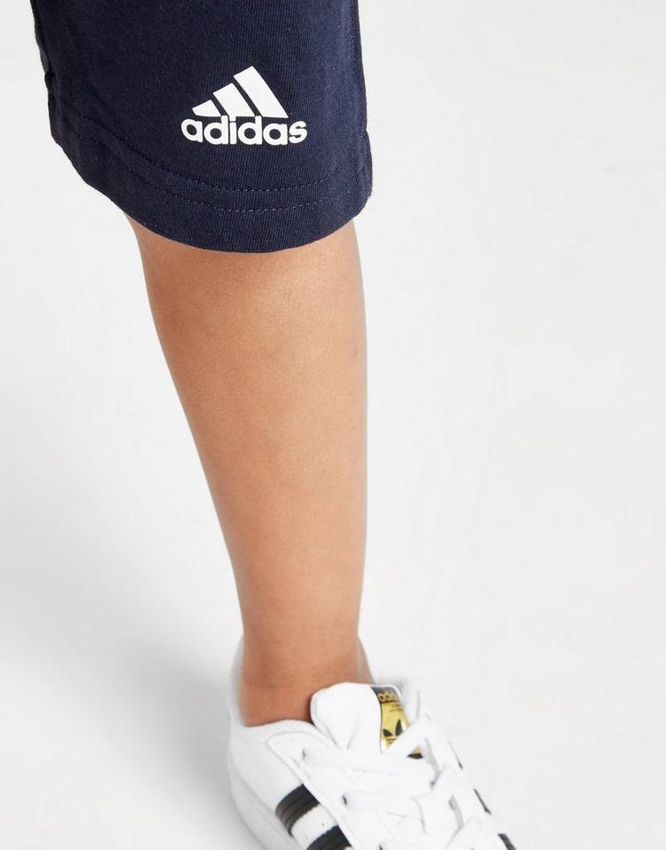 adidas conjunto Badge of Sport camiseta/pantalón corto para bebé