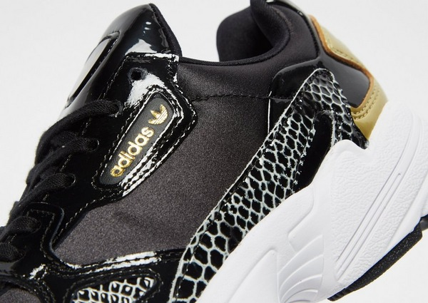 Shop den adidas Originals Falcon X Damen in Black | JD Sports