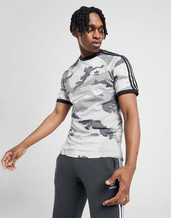 Shoppa adidas Originals California T Shirt Herr i en Grå