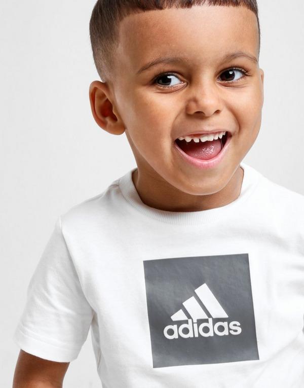 adidas Ensemble t-shirt/short Badge of sport Bébé