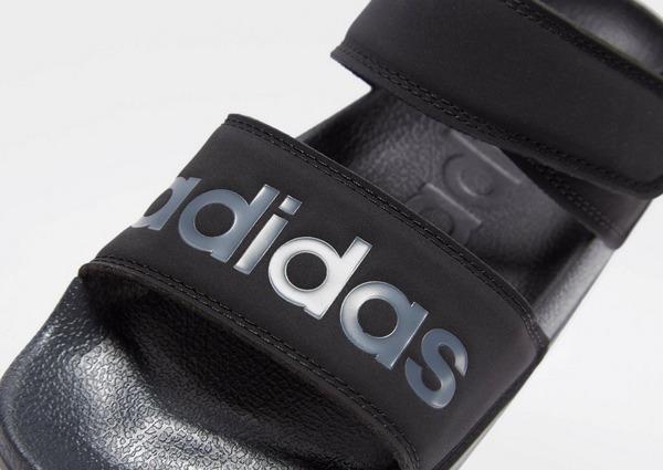Aislar heroína Medalla  Compra adidas Originals sandalias Adilette para mujer en Negro