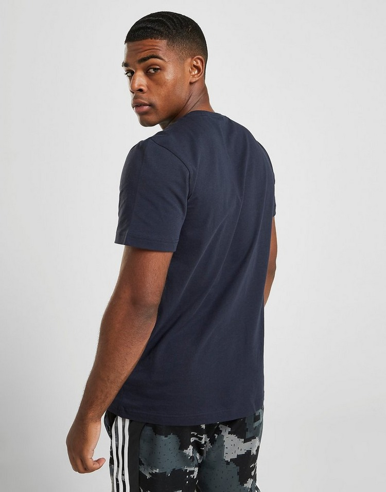 adidas T-Shirt Badge of Sport Logo Centre Homme