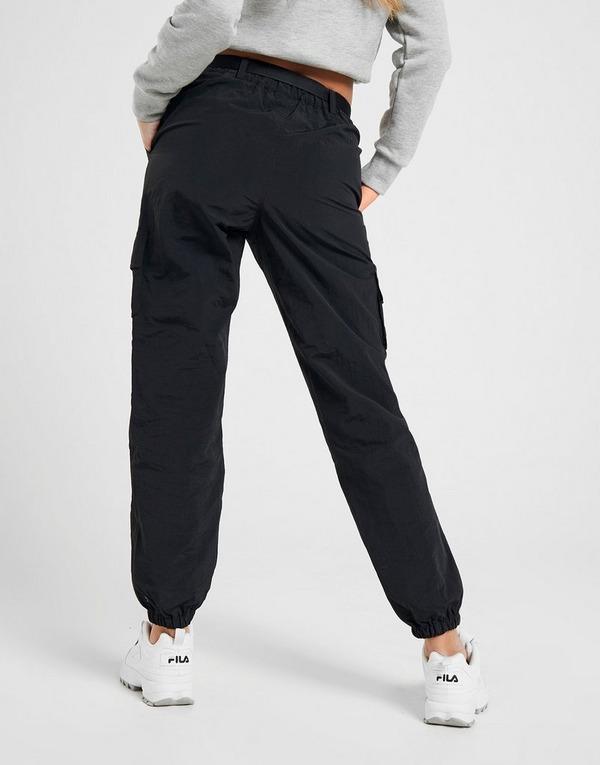 Acquista Fila Woven Pantaloni Cargo in Nero | JD Sports