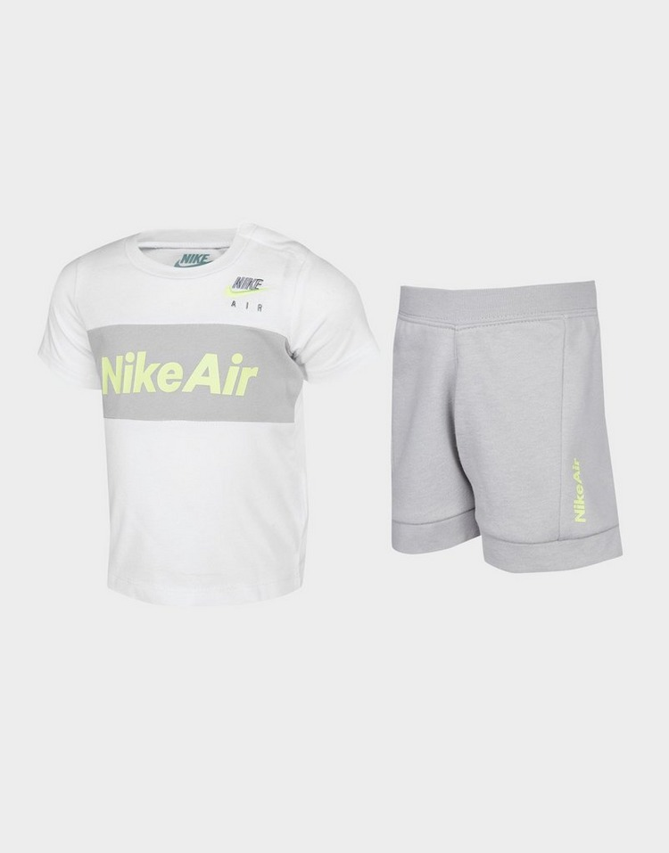 Nike Air T-Shirt/Shorts Set Infant