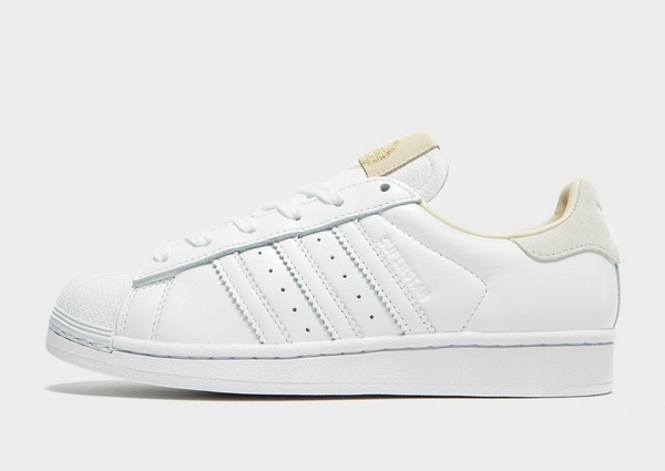 Shoppa adidas Originals Superstar Dam i en Vit färg | JD