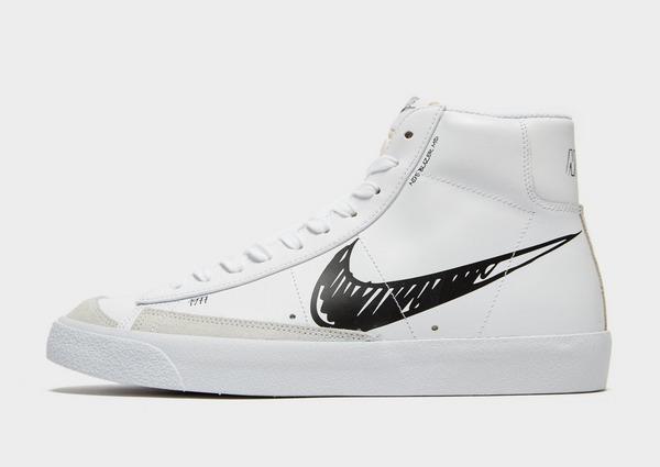 Shoppa Nike Blazer Mid '77 Herr i en Vit färg | JD Sports