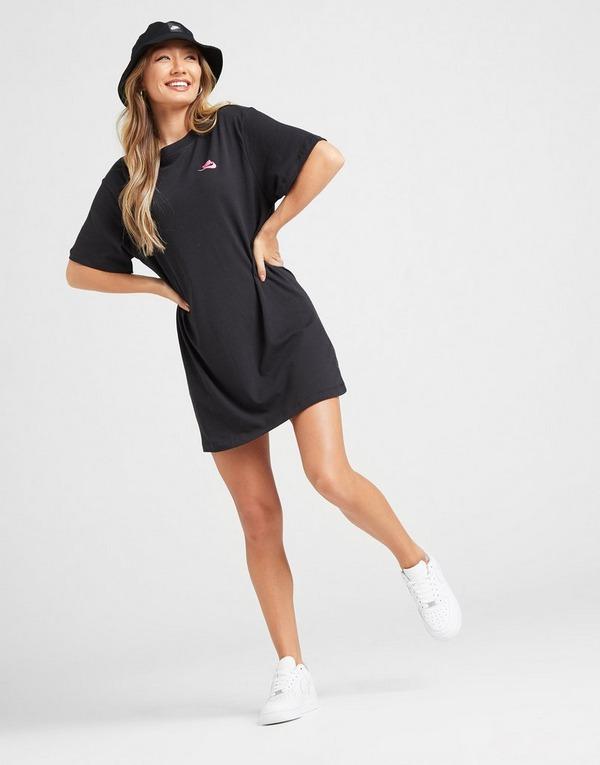 Acheter Black Nike Robe tee shirt Nike Sportswear pour Femme