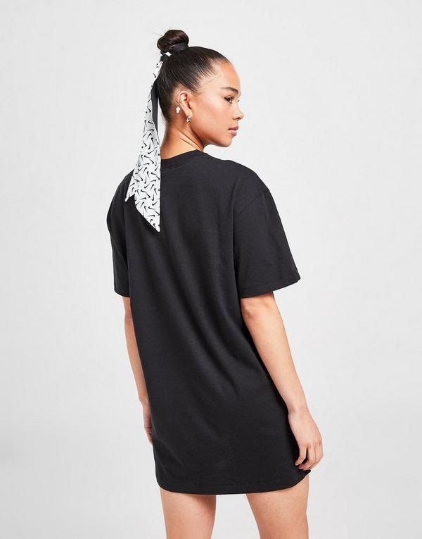 Nike vestido Essential