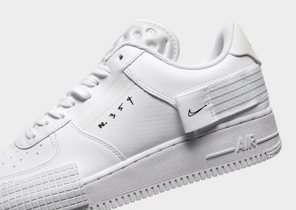 Compra Nike Air Force 1 Type 2 em Branco | JD Sports
