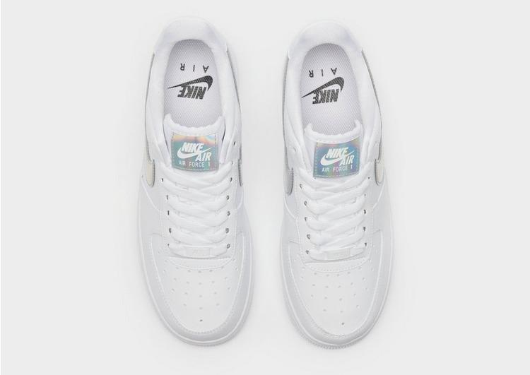 Nike Air Force 1 '07 LV8 para Mulher