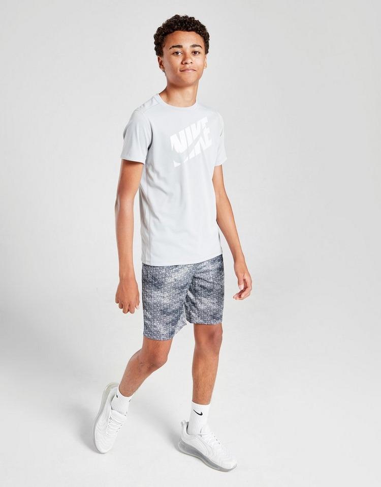 Nike pantalón corto All Over Print Training júnior