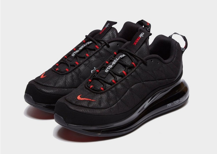 Nike Baskets MX-720-818  Homme