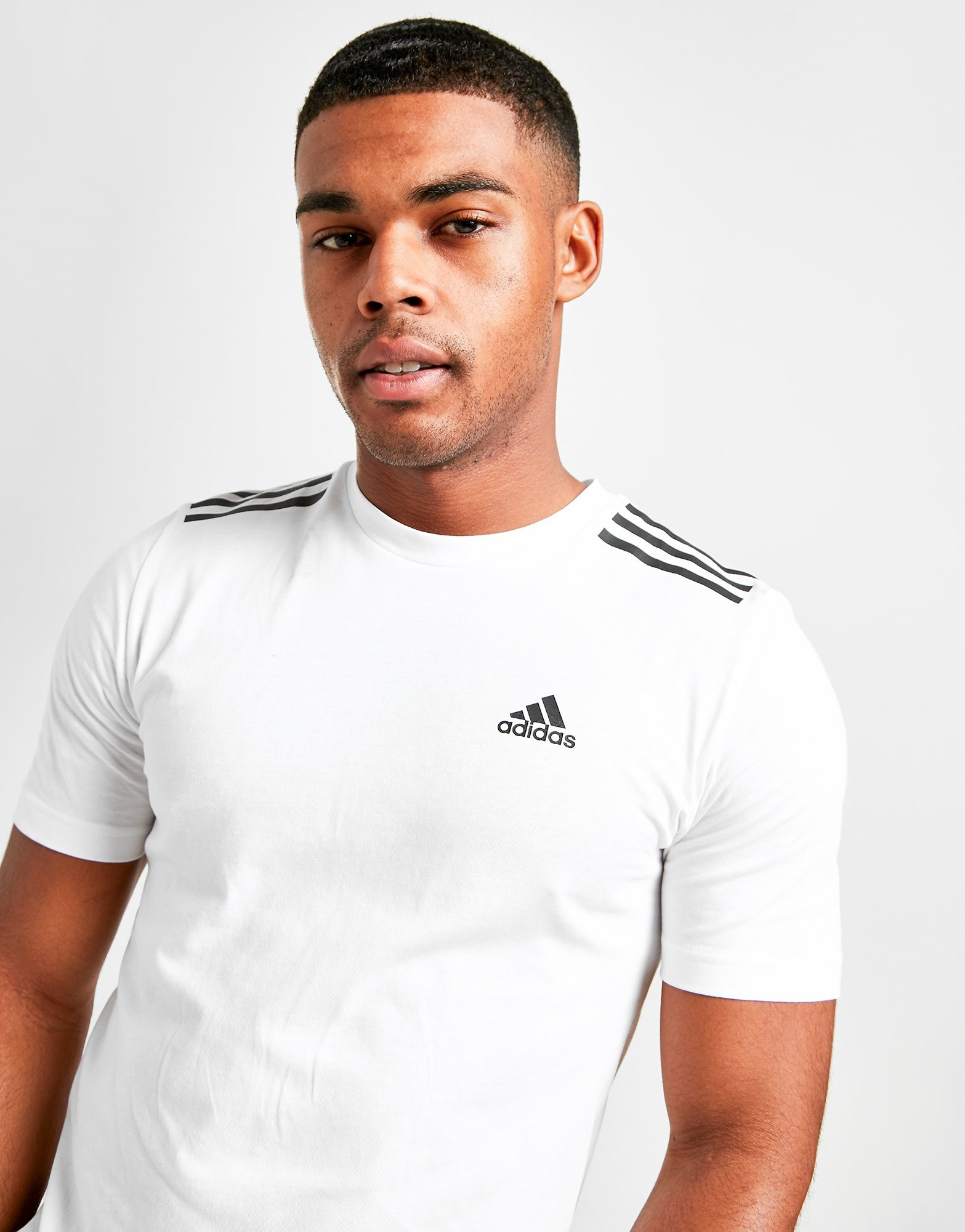 adidas Badge of Sport 3 Stripes T Shirt Herre | JD Sports