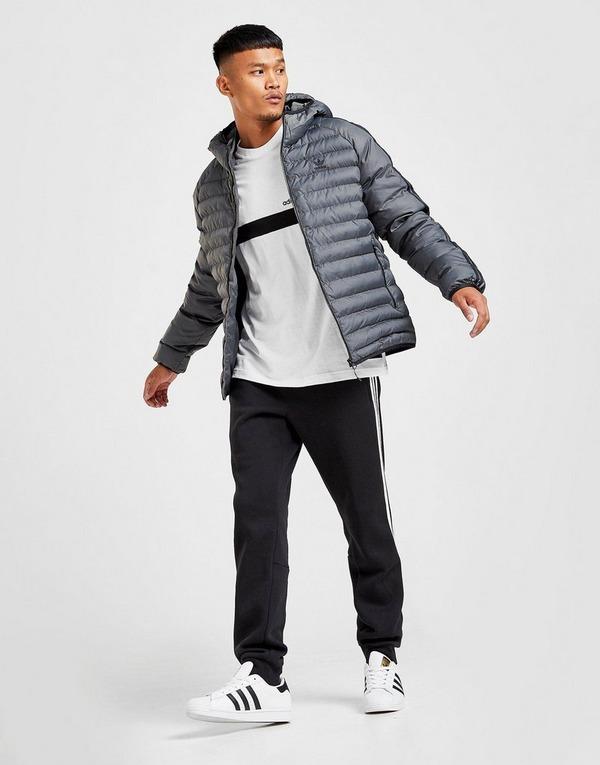 Shop den adidas Originals Bubble Jacke Herren in Schwarz