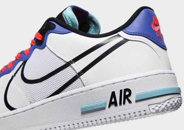Acquista Nike Air Force 1 React in Bianco | JD Sports